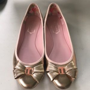 Ted Baker rose gold, leather flats, sz 38